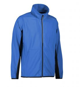 Man running jacket lightweight